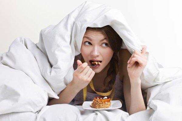 Η έλλειψη του ύπνου αυξάνει τις λιγούρες